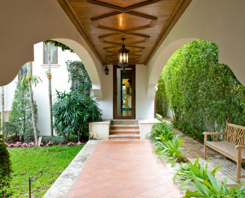 Design Lighting Mediterranean Entryway