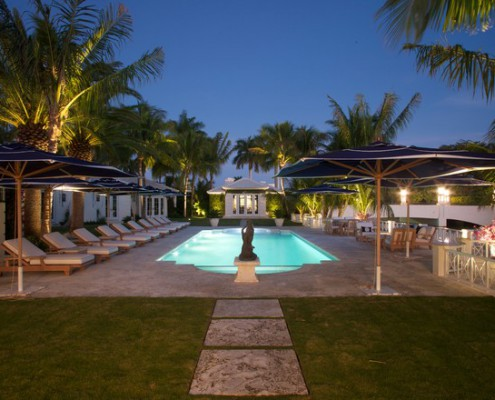 Design Lighting Traditional Pool and Deck